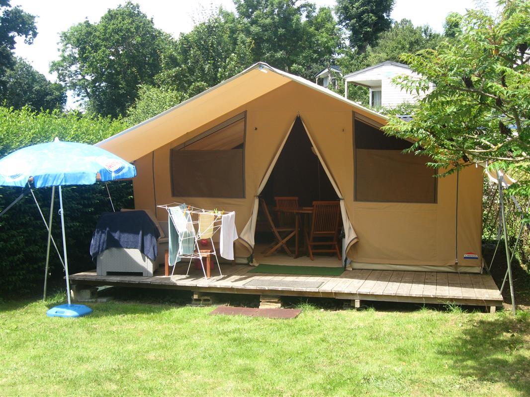 Tente safari location de tente meubl e en camping 3 for Tente deux chambres